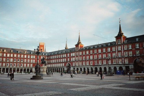 Madrid-Plaza-Mayor-small